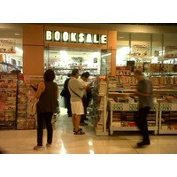 Thumb booksale